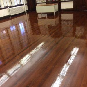 polished-woodfloor